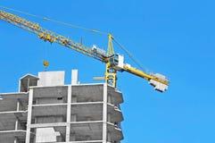 Кран и строительная площадка Стоковое фото RF