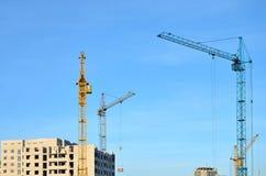 кран конструкции здания вниз Стоковая Фотография RF