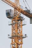 Кран конструкции - metal структура и кабина, вертикальные Стоковое Изображение