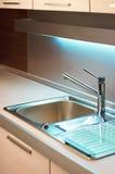 кран кухни самомоднейший Стоковая Фотография
