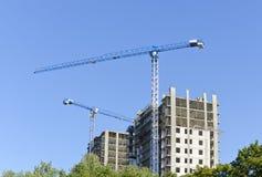 Кран на строительной площадке Стоковые Фото