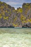 Красивая лагуна около El Nido - Palawan, Филиппин Стоковые Фото