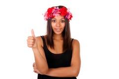 Красивая Афро-американская модель представляя стиль моды стоковое фото rf