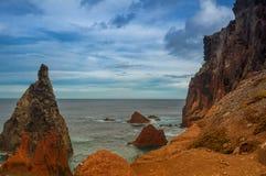 Красивая береговая линия Мадейры скалистая, восточная накидка Стоковые Изображения RF