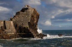 Красивая береговая линия Мадейры скалистая, восточная накидка Стоковые Изображения