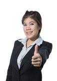 Красивая бизнес-леди показывая большой палец руки вверх по руке, концепции дела успеха, goodjob, одобряет, принимает, соглашается Стоковые Фото