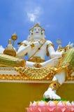 Красивая большая белая статуя brahma стоковое фото