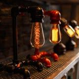 Красивая винтажная ретро лампа электричество стоковое изображение rf