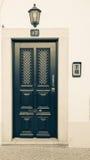 Красивая входная дверь, фонарик и 13 на свете Стоковое Изображение