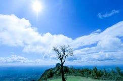 Красивая гора в Таиланде стоковое изображение rf