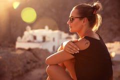 Красивая девушка путешественника Стоковое Изображение RF