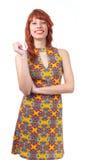 Красивая девушка с большой улыбкой Молодая женщина redhead с летом Стоковое Фото