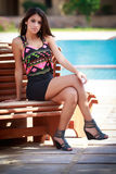 Красивая девушка в парке, портрете фотомодели outdoors Стоковое Изображение