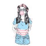 Красивая девушка в шортах, шляпе и шляпе сопит пузырь камеди Vector иллюстрация для карточки или плакат, печать на одеждах вальма иллюстрация вектора