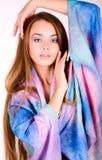 Красивая девушка в ярких одеждах Стоковая Фотография RF
