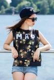 Красивая девушка на улице Стоковая Фотография RF