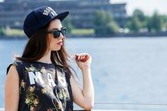 Красивая девушка на улице Стоковое Фото