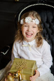 Красивая девушка сфотографированная для рождественской открытки Стоковое Изображение RF