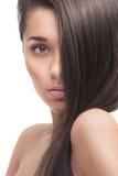 Красивая девушка с здоровыми длинними волосами Стоковые Фотографии RF
