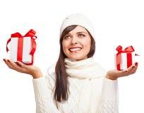 Красивая девушка с подарками Стоковое фото RF