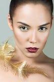 Красивая девушка с совершенными губами кожи и вина Стоковое фото RF