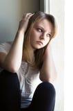 Красивая девушка унылая Стоковое Изображение RF