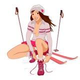 Красивая девушка штыря-вверх с лыжами Стоковая Фотография RF