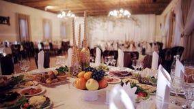 Красивая деревенская таблица свадьбы оформления акции видеоматериалы