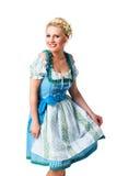 Красивая женщина в традиционном баварском dirndl Стоковое фото RF