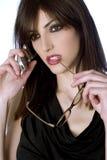 Красивая женщина в черном платье Стоковое Изображение RF