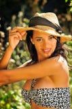Красивая женщина в woood Стоковые Изображения RF