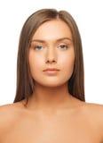 Красивая женщина с длинными волосами стоковое изображение rf