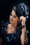 Красивая женщина с стилем причёсок filmstrips Стоковые Фото