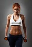 Красивая женщина фитнеса стоковое фото