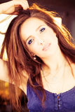 Красивая женщина фотомодели с красными волосами Стоковая Фотография RF
