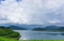 Красивая запруда Mae Kuang взгляда ландшафта на Luang Nuea, районе Doi Saket Стоковое фото RF