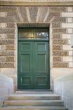 Красивая зеленая дверь Стоковые Фотографии RF