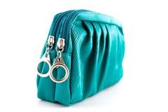 Красивая зеленая кожаная сумка женщины  стоковые фотографии rf