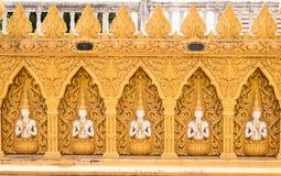 Красивая золотая стена виска Стоковое Фото