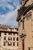Красивая и историческая архитектура улиц Флоренс в Италии стоковое фото