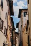 Красивая и историческая архитектура улиц Флоренс в Италии стоковые фото