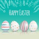 Красивая карточка пасхи с покрашенными пасхальными яйцами Стоковые Изображения RF