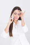 Красивая коммерсантка имея напряжённый телефонный звонок Стоковые Фото