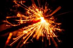 Красивая красная свеча бенгальского огня Стоковые Изображения