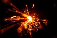 Красивая красная свеча бенгальского огня Стоковые Фото