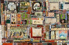 Красивая красочная handmade керамическая плитка с различным орнаментом, Стоковое Изображение