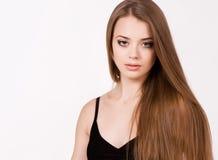 Красивая маленькая девочка с длинними волосами Стоковое Изображение RF