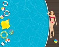 Красивая молодая женщина ослабляя в стороне бассейна иллюстрация штока