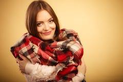 Красивая модель с одеждами зимы Стоковая Фотография RF