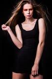 Красивая молодая женская сторона с составом яркой моды пестротканым. Стоковая Фотография RF